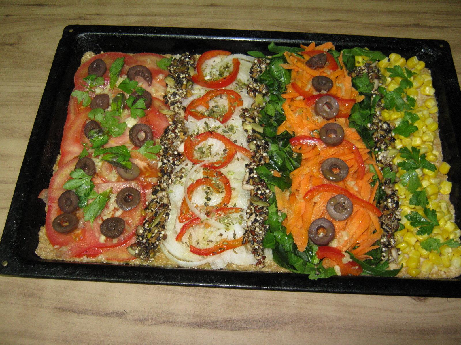 Pizza vegana de colores platos principales pastas for Platos de pizza