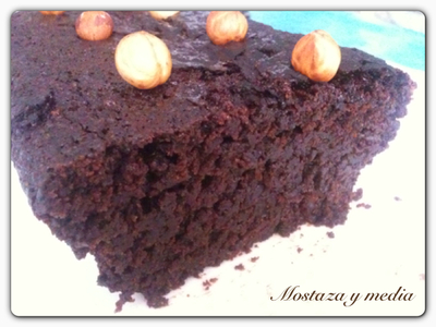 Brownie de avellanas y algarroba