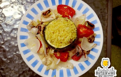 Arroz basmati al curry en zapallo italiano