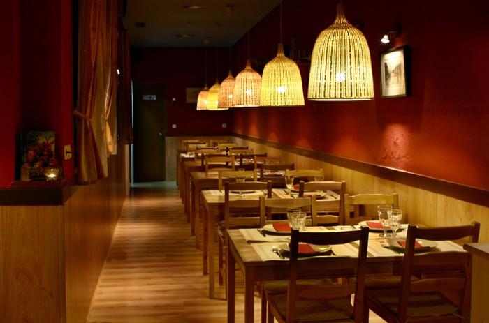 El vegetariano de teresa hermosilla 157 madrid espa a - Decorar un bar de tapas ...
